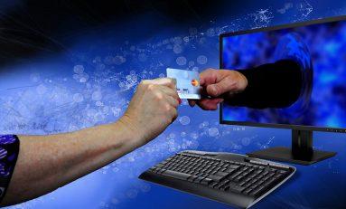 """Shopping natalizio online, Polizia: """"Attenti alle truffe"""""""