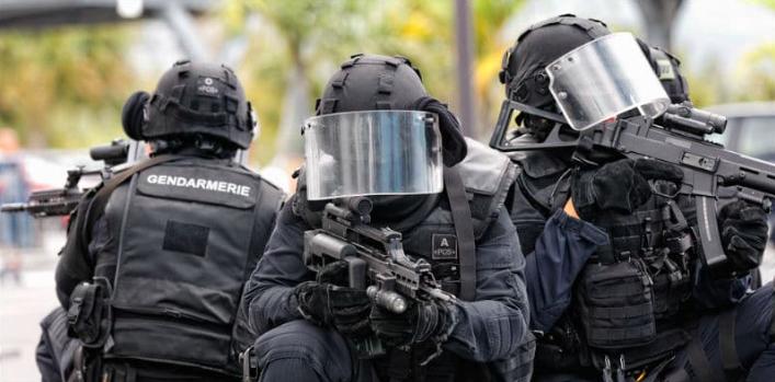 Incubo terrorismo in Francia: tra attacchi sventati e militari uccisi all'estero
