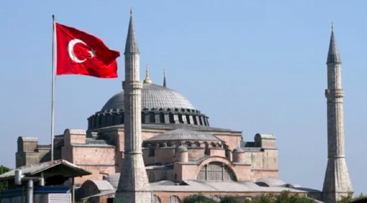Cómo Turquía intenta recuperar la influencia del Imperio otomano y las consecuencias para la política internacional I Parte