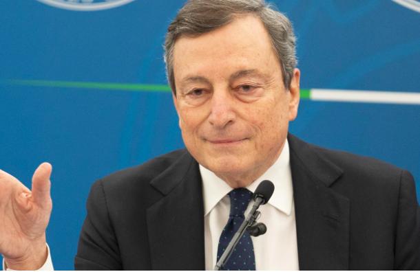 Draghi prende a sberle Erdogan: è un dittatore