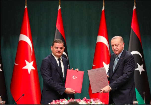 Il governo libico vola ad Ankara e Erdogan gongola