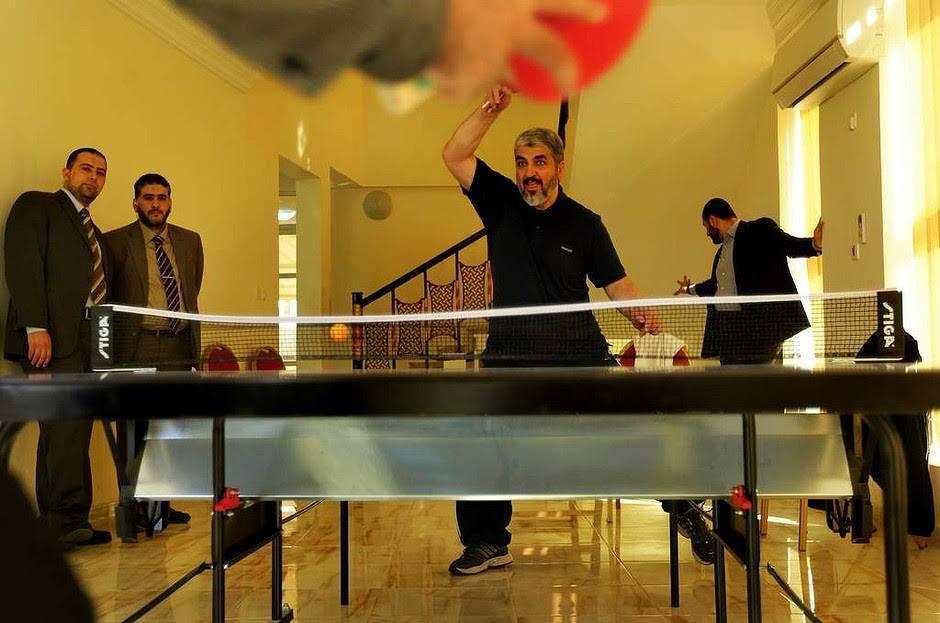 """La """"causa"""" di Hamas a Doha: dopo l'albergo stellato anche lo shopping in gioielleria"""