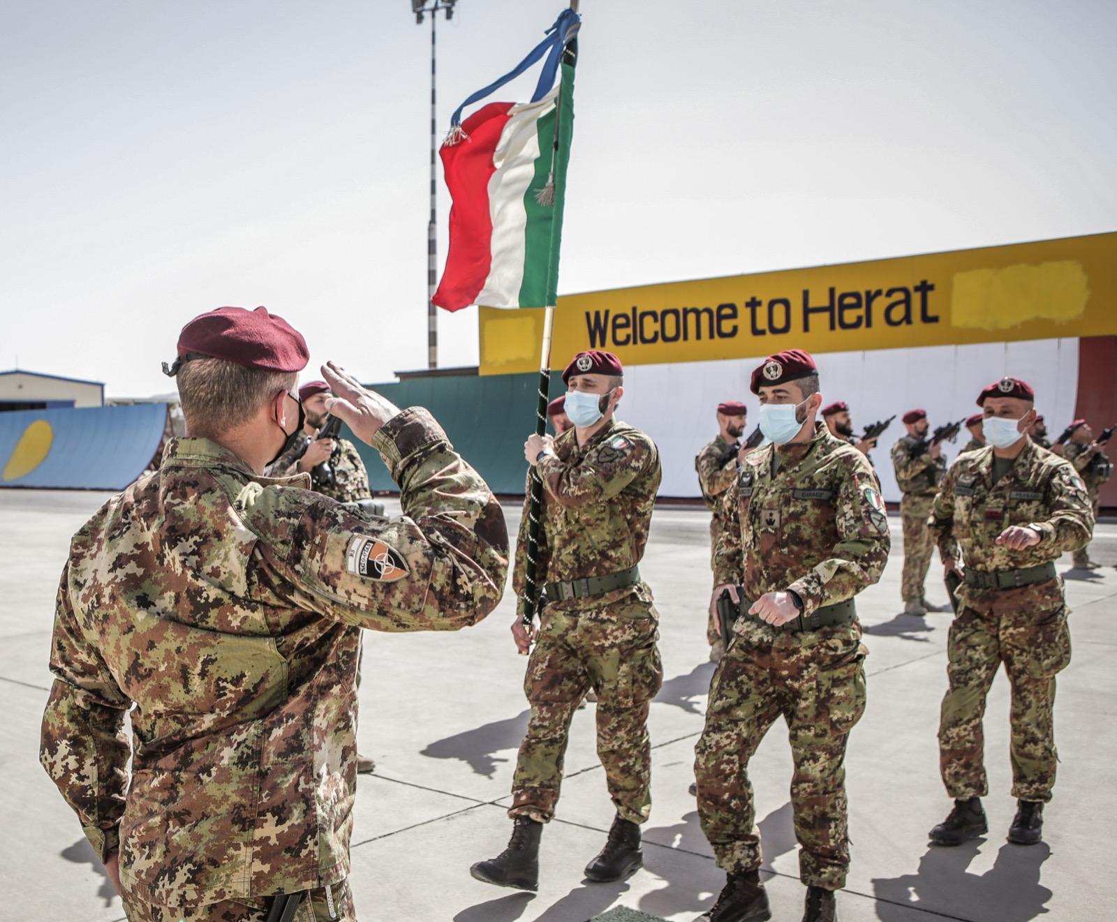 Afghanistan: tutti a casa! Ma il paese è sull'orlo di una guerra civile